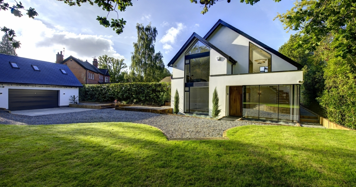 Choosing the right exterior door design 26th may 2015 for Exterior design specialists
