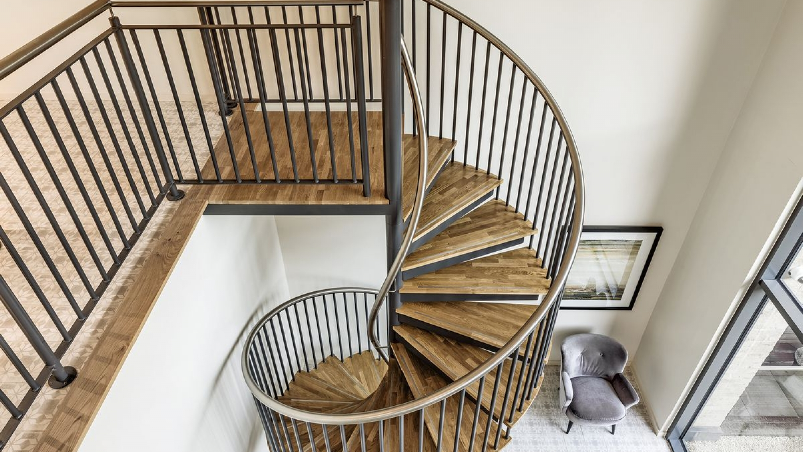 Spiral UK Can Provide A Range Of Shapes Including Straight, Spiral And  Helical. Straight Staircase Designs Are Ideal For More Traditional  Aesthetics With ...
